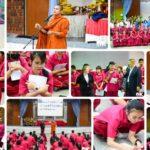 นายชาลี วัฒนเขจร ผู้อำนวยการโรงเรียนธัญบุรี พร้อมคณะครูประจำชั้น ม.4 และนักเรียนดำเนินจัดค่ายคุณธรรมนักเรียน ชั้นมัธยมศึกษาปีที่ 4 ณ หอประชุม โรงเรียนธัญบุรี