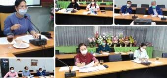 ผู้อำนวยการชฎาพร เธียรศิริพิพัฒน์ เป็นประธานประชุมคณะกรรมการรับนักเรียนระดับโรงเรียน ปีการศึกษา 2564